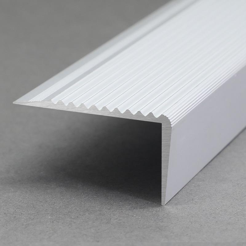 High Quality Anti-Slip Aluminium Stair Nosing FS2