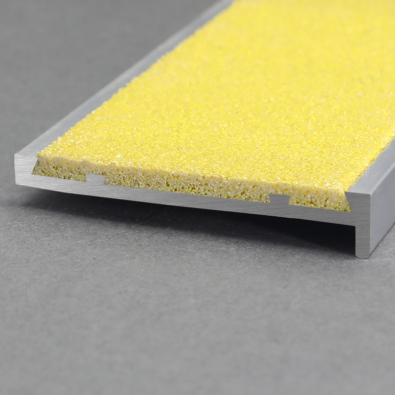 Aluminium Yellow Carborundum Insert Outdoor Stair Nosing FSW3