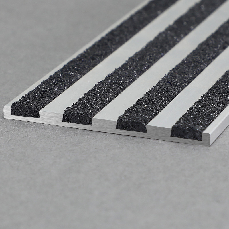 Aluminium Stair Nosing With Black Carborundum FSW5
